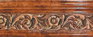 Багетные планки серии Испания — эксклюзивная коллекция багетных карнизов, украшенные лепниной, покрытой полимерными покрытиями под античные цвета. Багетная планка состоит из двух окантовочных профилей и центральной вставки, на которую из полимерных материалов нанесен орнамент. Нанесение красок на орнамент производится вручную. Применяется для изготовления прямых, арочных и эркерных карнизов. В качестве несущих для штор используется алюминиевые профиле или пластиковые шины. В качестве каркаса для багетных планок – многослойная влагостойкая фанера. Стоимость багетной планки на несущей фанере спрашивайте у менеджера в офисе.