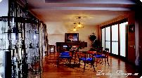 шторы на кухню с эркером