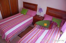 Шторы и постельное бельё в однокомнатный номер