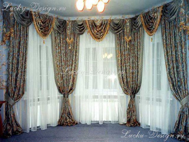 Шторы на окнах фото: в комнате 3 окна