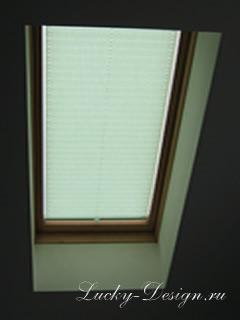 шторы для мансардных окон фото