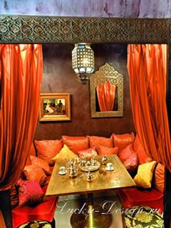 Помещение, декорированное в индийском стиле всегда выглядит нарядно - в нем